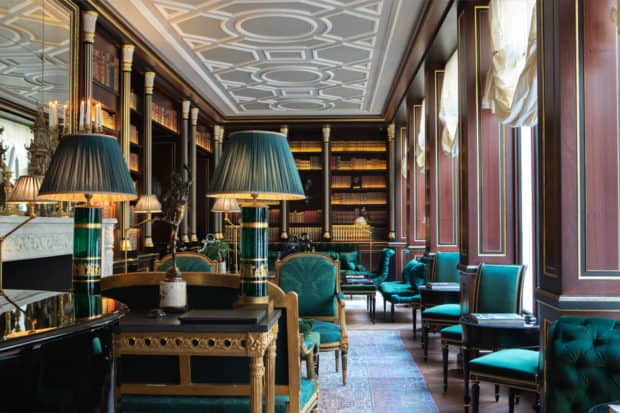 The reading room. Courtesy La Réserve Paris