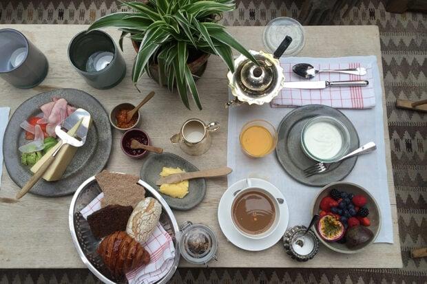 Breakfast at Ett Hem on Birgitta Watz ceramics. Courtesy Indagare