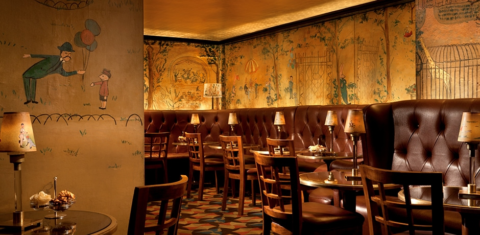 Bemelmans Bar at the Carlyle, a Rosewood Hotel, New York City. Photo courtesy of Rosewood Hotel Group