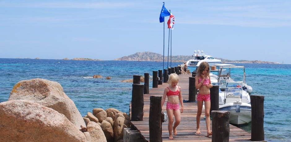 The dock at Hotel Romazzino