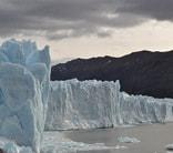 glacier boats chilean patagonia