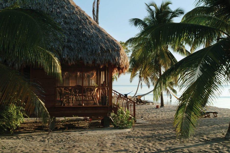 Handcrafting in Belize