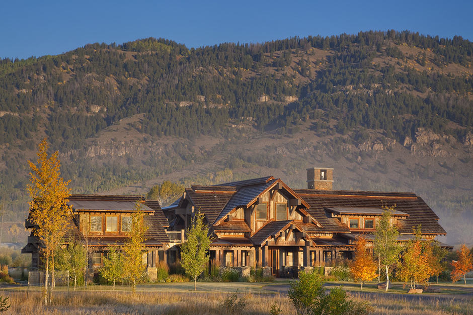 Exterior View - Villa Rentals, Jackson Hole, American West - Courtesy Gordon Gregory Photography