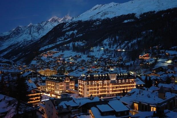 Mont Cervin Palace ski resort in Zermatt at nighttime