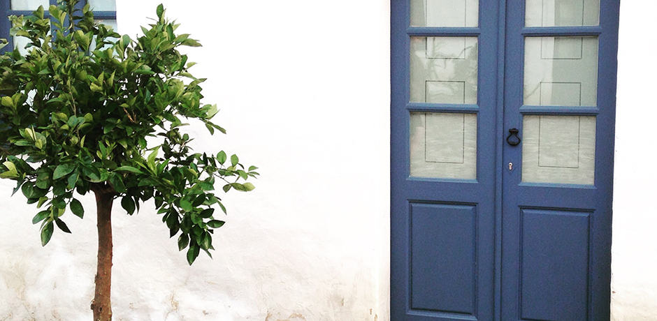 Each farmhouse room at São Lourencço do Barrocal boasts subtle countryside charm.