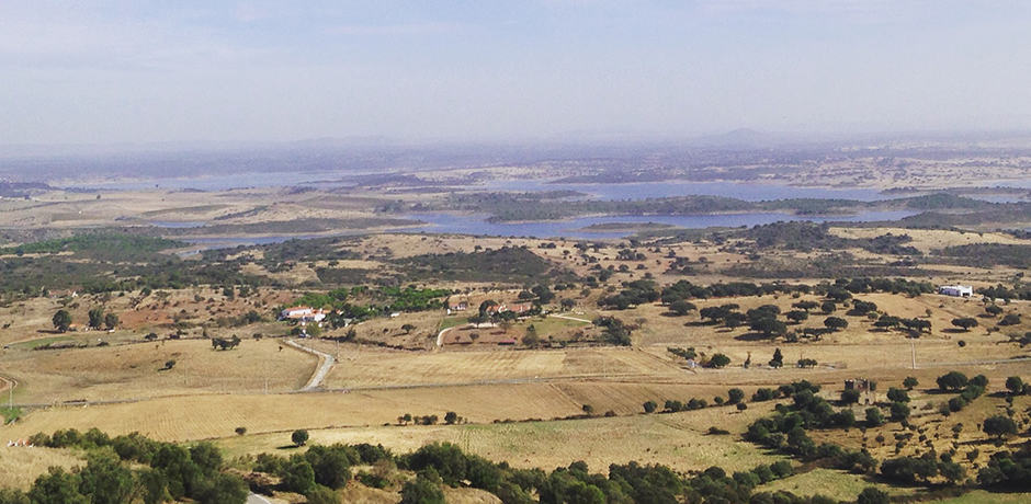 View overlooking the foothills of Monsaraz and Lake Alqueva
