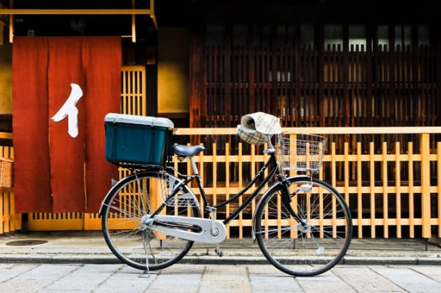 10 To Know: Key Tips for Travel in Japan