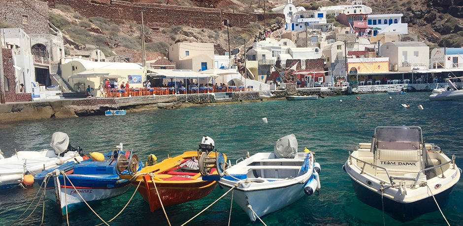 Lunch at one of the seaside tavernas in Amoudi Bay is a classic Santorini experience.
