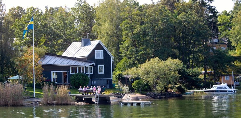 Family gathering in the archipelago