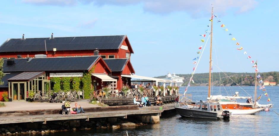 Fjaderholmarnas Krog, a delicious restaurant located on the island of Fjaderholmarna