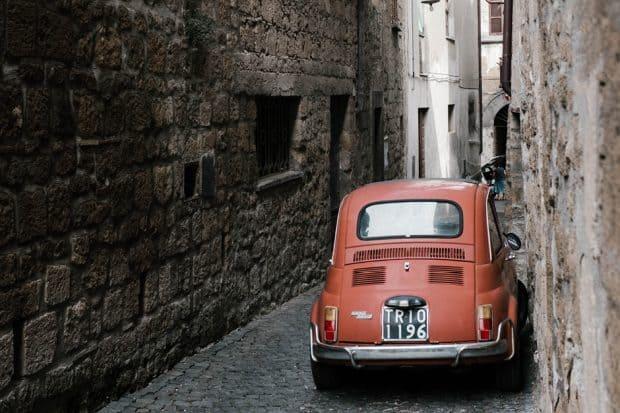 Tiny cobblestone streets are a distinctive feature of Orvieto.