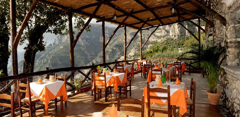Amalfi coast dining indagare for Amalfi coast cuisine