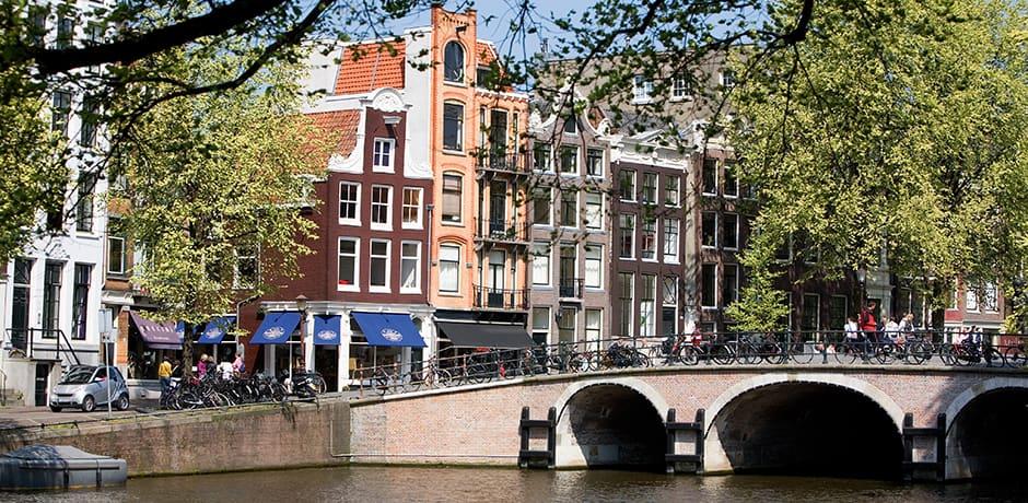 Amsterdam canal, courtesy Reypenaer Proeflokaal