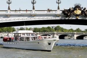 Indagare Tours: Paris by Boat