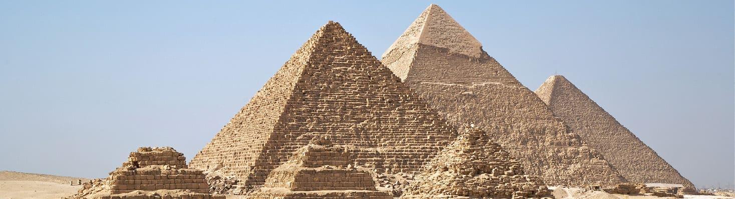 indagare treasures of egypt pyramids view