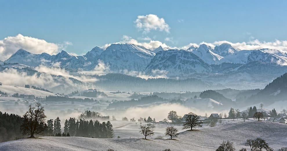 Switzerland-Skiing in Style-LP